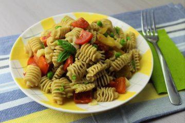insalata di pasta ai peperoni
