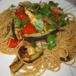 Spaghetti integrali con melanzane grigliate