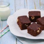 Quadrotti al cioccolato e nocciole