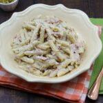 Pasta veloce con pistacchi e prosciutto